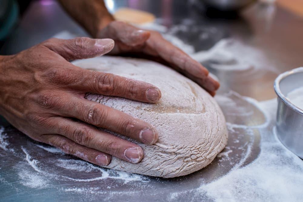 Imagen de una masa de pan en elaboración