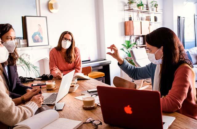 Fundadoras de Hello Creatividad