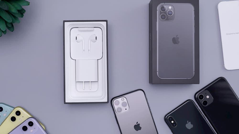 Imagen de varios productos de Apple, que se engloban dentro de los productos afectados en la política de devoluciones de la compañía.