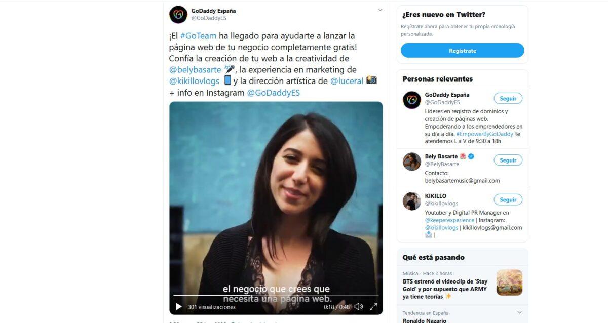 Imagen de un tuit de GoDaddy España mostrando un vídeo corto sobre GoTeam, la iniciativa con la cual podrás contestar a la pregunta de cómo conseguir seguidores en Twitter para tu negocio o a través de tu página web.