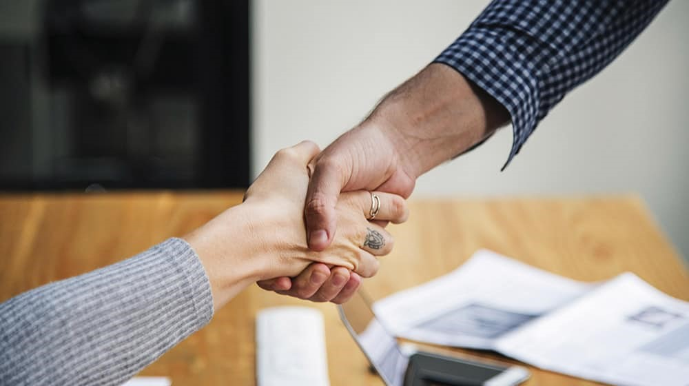 Pasos para crear una empresa: Pacto de socios
