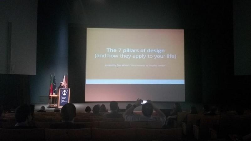 Imagen de la ponencia de Raffaela Isidori en la WordCamp 2018