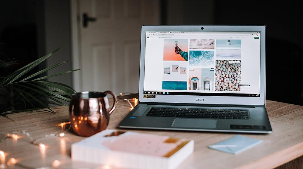 Página web en un ordenador portátil