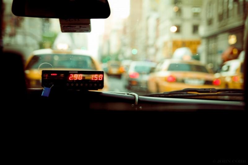 Imagen del contador de un taxi